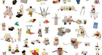 写真:「1000年後のプラスチック動物あらわる!」子どもたちの作品 2009 ワークショップ  (広島アートプロジェクト2009、吉島小学校・吉島東小学校)