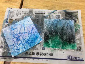 紙で雪の結晶作り