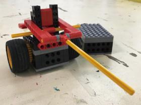 10月のロボット「ケンドーロボ」