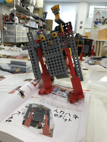 1月のロボットは人力車ロボット