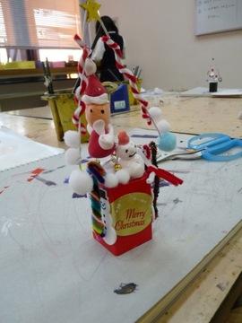 安芸教室クリスマスツリー仕上げ