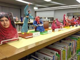 知の泉、図書館での作品展第2弾!